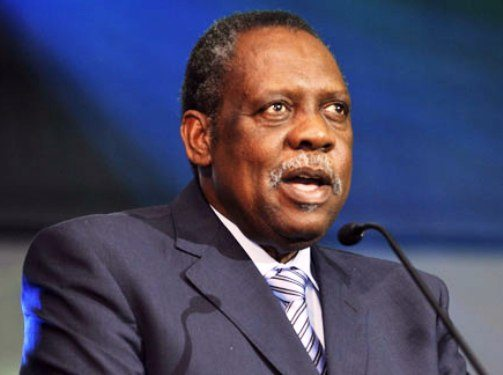 FIFA boss Hayatou hands big kudos to Eaglets