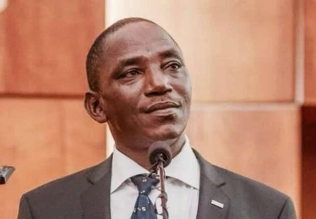 Dalung praises, charges Dream Team