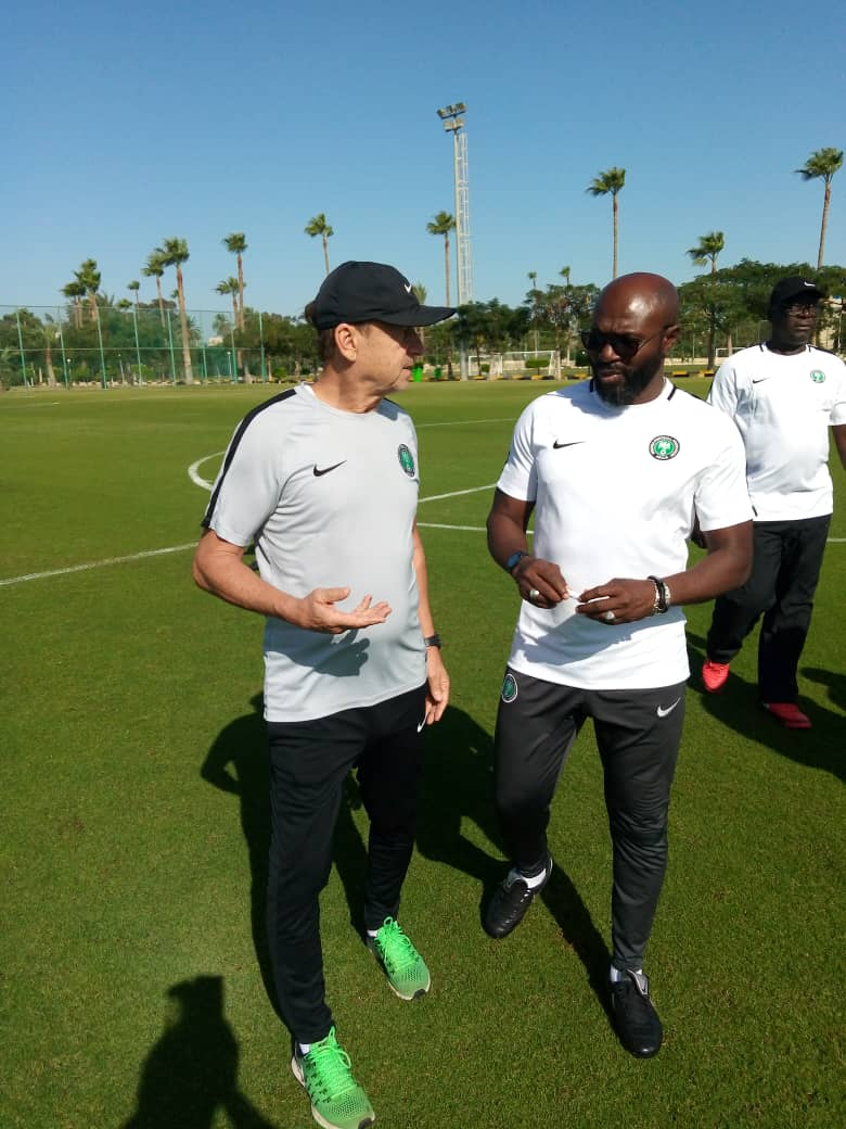 Super Eagles coach,  Rohr pays visit to Olympic  Eagles camp in Ismailia